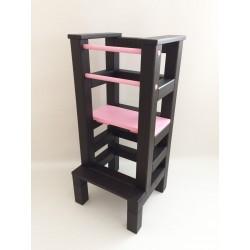 Učiaca veža - růžovočierna farba