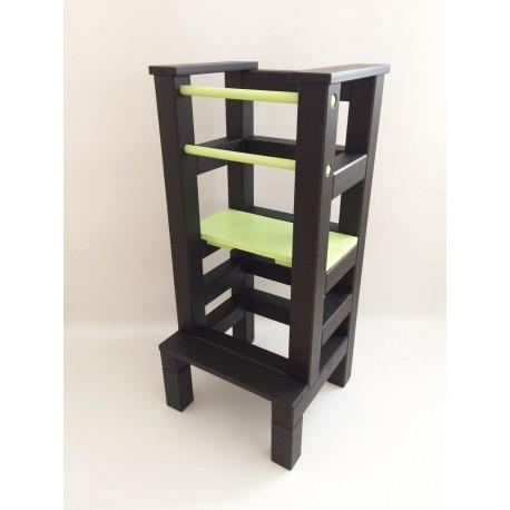 Učící věž - zelenočerná barva
