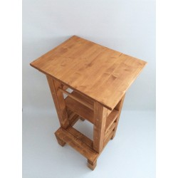 Odkladací stolík na učiacu vežu - lazúra s povrchovým lakom