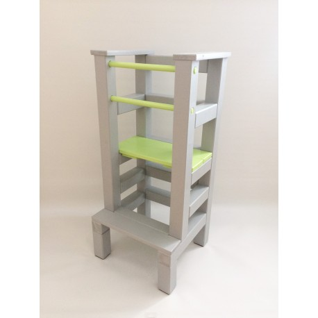 Učící věž - zelenošedivá barva